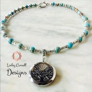 Jewelry - Tree of Life Pendant Necklace